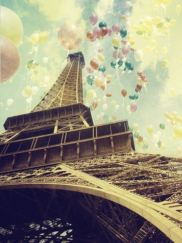 eiffel tower balloons Paris!