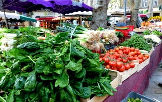 market stand .01